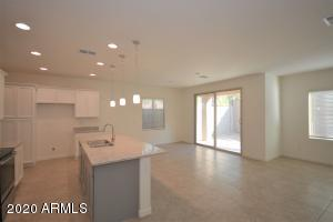 1614 W REDWOOD Lane, Phoenix, AZ 85045