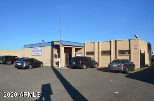 Awesome commercial building with Broadway frontage