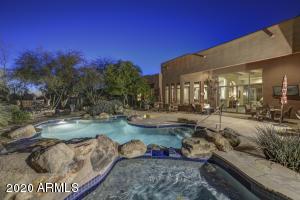9707 E MONUMENT Drive, Scottsdale, AZ 85262