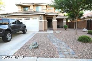 2945 E ARIS Drive, Gilbert, AZ 85298