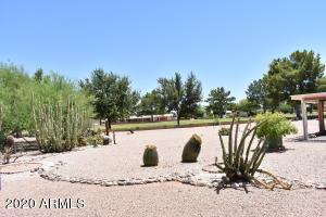 8130 E DUTCHMAN Drive, Mesa, AZ 85208