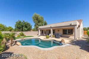 15676 W MINNEZONA Avenue, Goodyear, AZ 85395