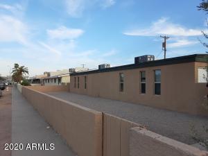 4041 E MORELAND Street, Phoenix, AZ 85008