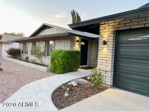 4430 E SHARON Drive, Phoenix, AZ 85032