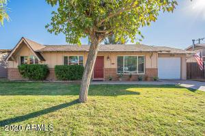 8419 E EDGEMONT Avenue, Scottsdale, AZ 85257