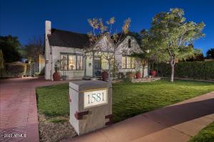 1581 E CHEERY LYNN Road, Phoenix, AZ 85014