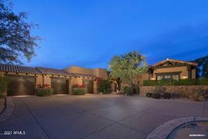 Welcome Home - 6500 SF on 1.2 Acres