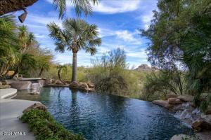 6638 E OLD PAINT Trail E, Carefree, AZ 85377