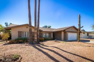 8707 E CHEERY LYNN Road, Scottsdale, AZ 85251