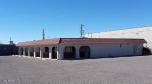 672 S IRONWOOD Drive, Apache Junction, AZ 85120