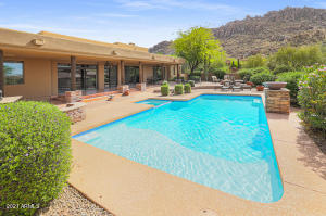 10685 E Candlewood Drive, Scottsdale, AZ 85255