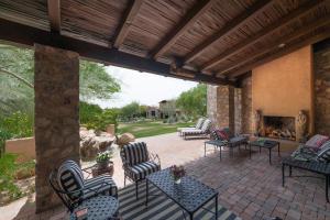 10157 E DESERT SAGE, Scottsdale, AZ 85255