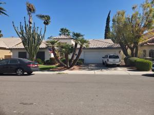 5857 W DEL LAGO Circle, Glendale, AZ 85308