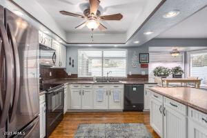 634 W BENTRUP Street, Chandler, AZ 85225