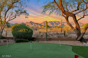 170 Feet of View Fence   Unobstructed Mountain Views   5 Hole Synthetic Putting Green