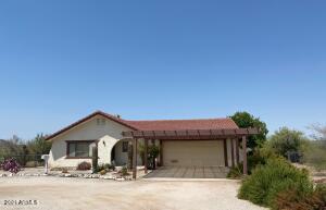 875 N JOHN BURDEN Lane, Wickenburg, AZ 85390