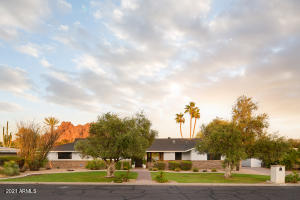 4131 E San Miguel Avenue, Phoenix, AZ 85018