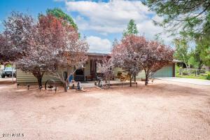 3397 NAVAJO Drive, Overgaard, AZ 85933