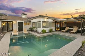 Swimming Pool & 300sf Cabana Style Patio