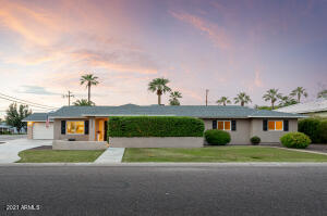 Beautifully updated ranch style home!