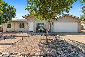 4033 E YAWEPE Street, Phoenix, AZ 85044
