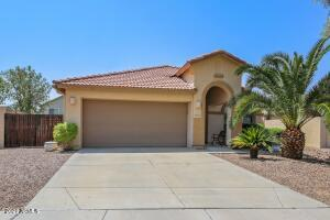 3859 E Cloudburst Drive, Gilbert, AZ 85297