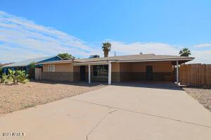 721 E Navajo Avenue, Apache Junction, AZ 85119