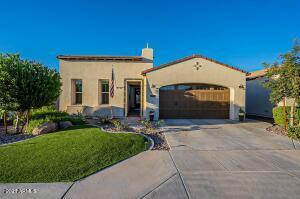 804 E LA PALTA Street, San Tan Valley, AZ 85140