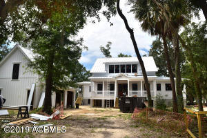 Property for sale at 8 Connies Point Drive, Beaufort,  South Carolina 29907
