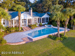 Property for sale at 107 S Hermitage Road, Beaufort,  South Carolina 29902