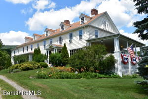 725 North State Rd, Cheshire, MA 01225