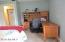 18 Juliana Dr, Pittsfield, MA 01201