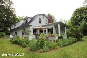 322 Old Stockbridge Rd, Stockbridge, MA 01262