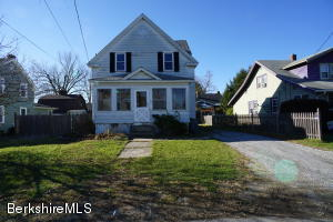 71 Reuter Ave, Pittsfield, MA 01201