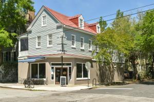 60 Bull Street, Charleston, SC 29401