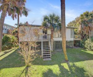 809 Ashley Avenue, Folly Beach, SC 29439