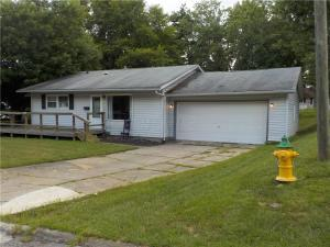 2417 Moorewood Drive, Zanesville, OH 43701