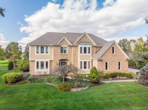 Gorgeous Highland Lakes home on The Lakes golf course #17