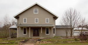 9905 Claysville Road, Chandlersville, OH 43727