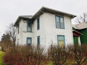 1007 W Chestnut Street, Mount Vernon, OH 43050
