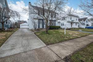 224 Richards Road, Columbus, OH 43214