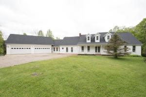 8029 Fairview Road, Mount Vernon, OH 43050