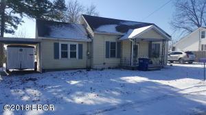 32 Cripple Creek, Pinckneyville, IL 62274