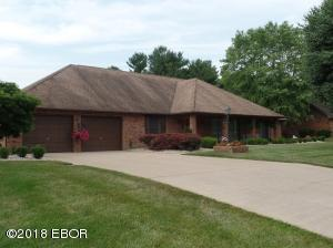 1803 Wolf Drive, Marion, IL 62959
