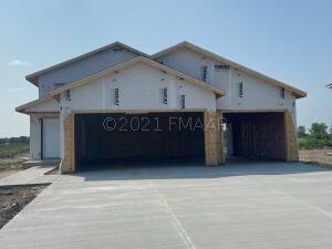 1804 2ND Avenue SE, Barnesville, MN 56514