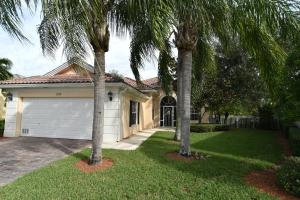 Property for sale at 2074 Hermitage Drive, Wellington,  Florida 33414