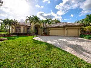 Property for sale at 17154 Gulf Pine Circle, Wellington,  Florida 33414