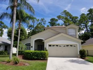 Property for sale at 15157 Oak Chase Court, Wellington,  Florida 33414