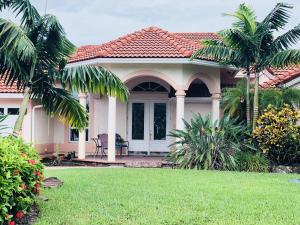 Property for sale at 15691 Cypress Creek Lane, Wellington,  Florida 33414