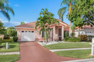 Property for sale at 6150 Harbour Greens Drive, Lake Worth,  Florida 33467